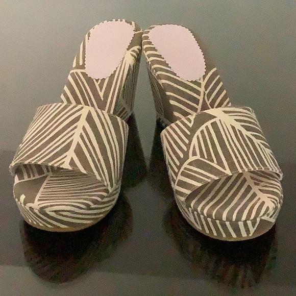 Boden Wedge Platform Sandal